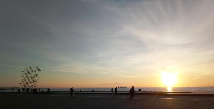 Набережная на закате в Салониках